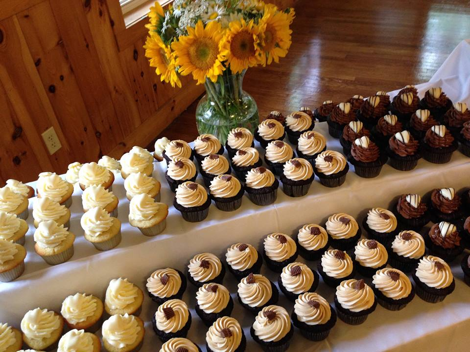Surprising Cupcakes101 A Sweet Shop Home Interior And Landscaping Ologienasavecom